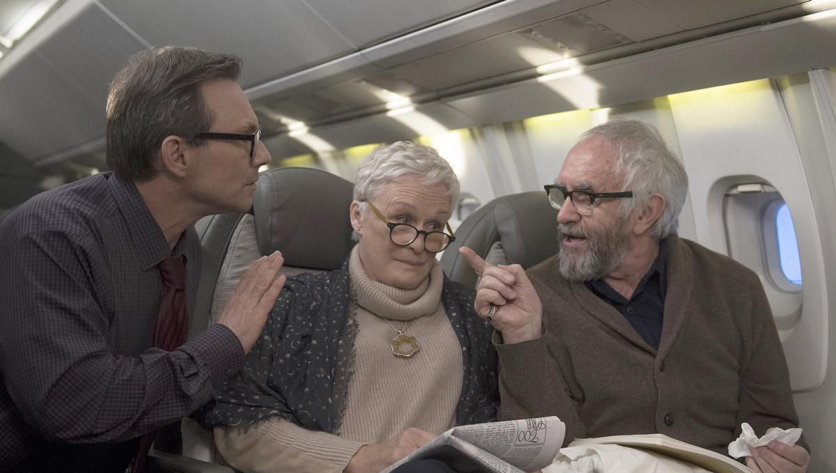 wife_plane